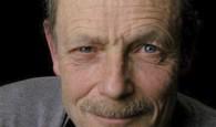 L'INTERVISTA. Lo scrittore Erri De Luca, autore de I pesci non chiudono gli occhi (Feltrinelli, 2011) risponde alle domande degli studenti del Liceo scientificoVon Neumann...